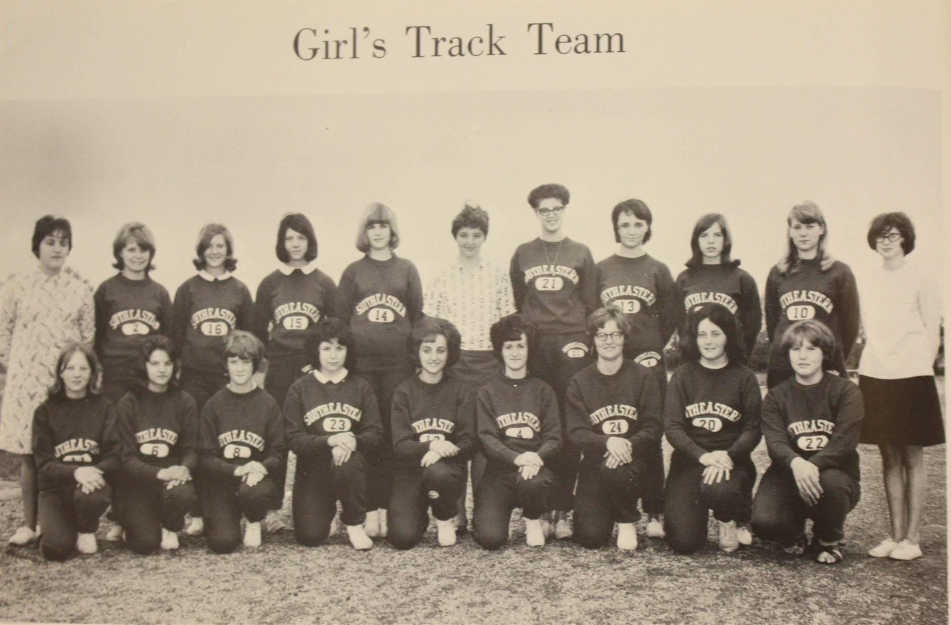 1967 Girl's Track Team