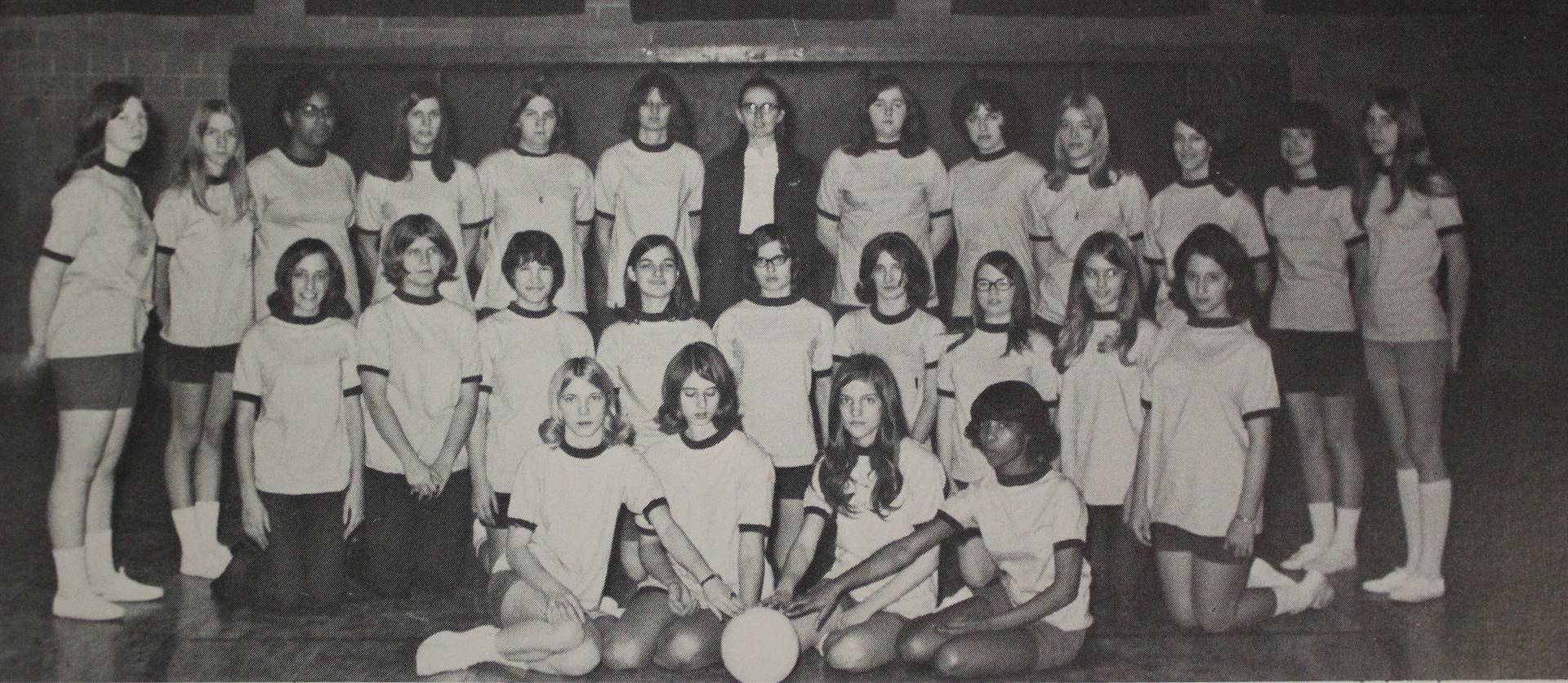 1971 Volleyball