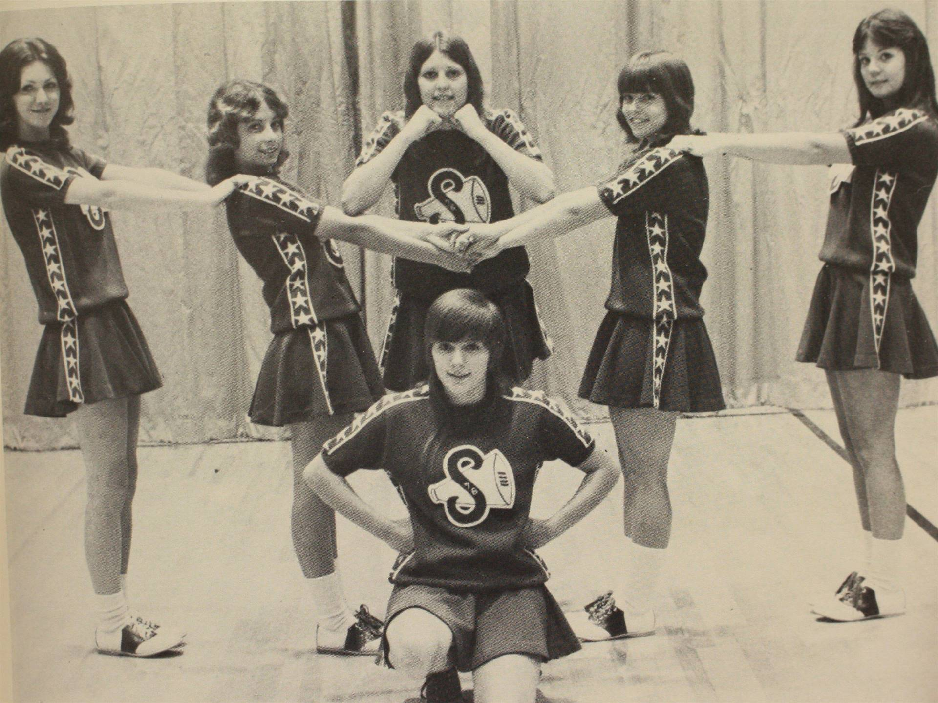 1976 Cheerleaders