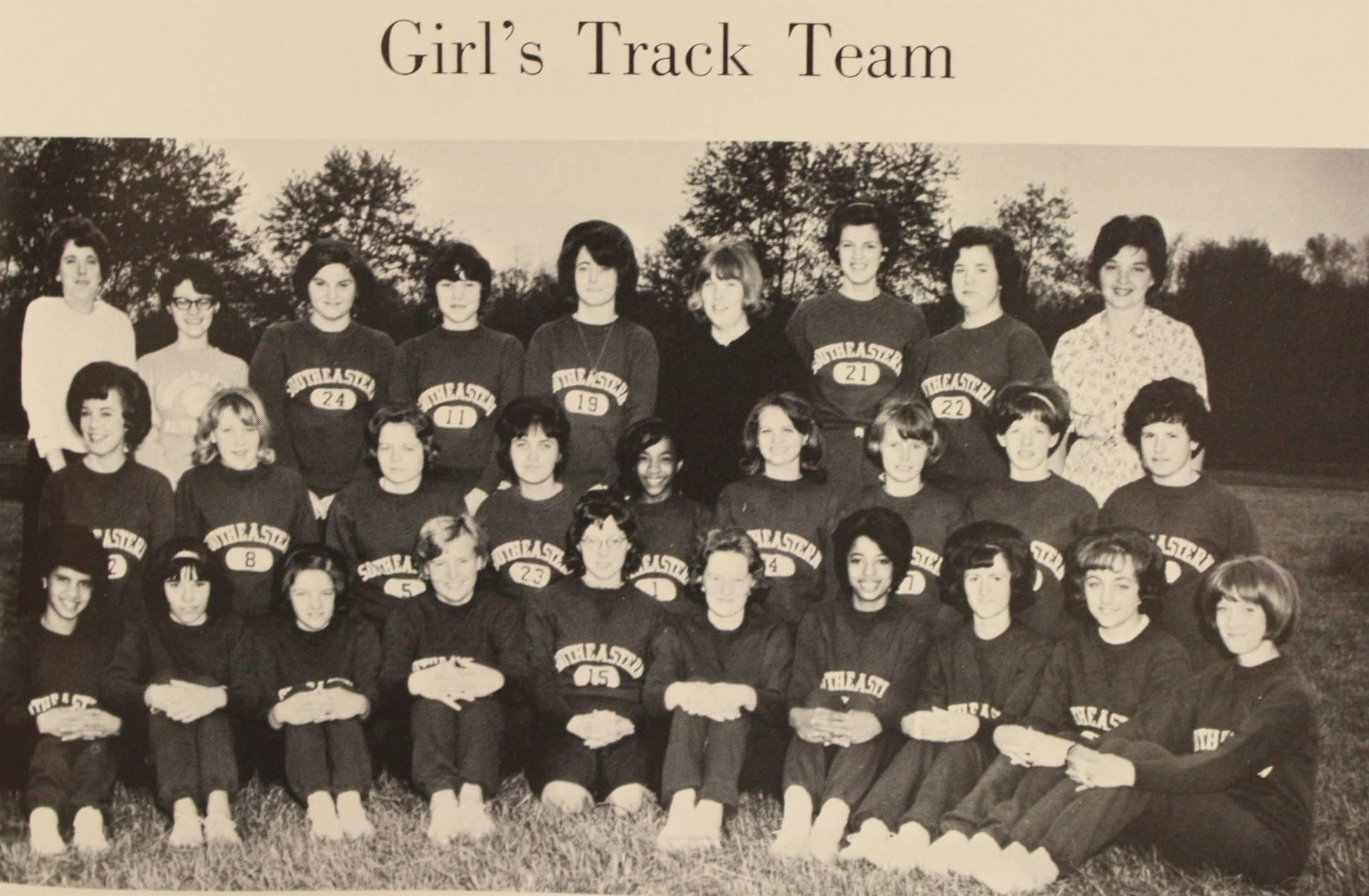 1966 Girl's Track Team