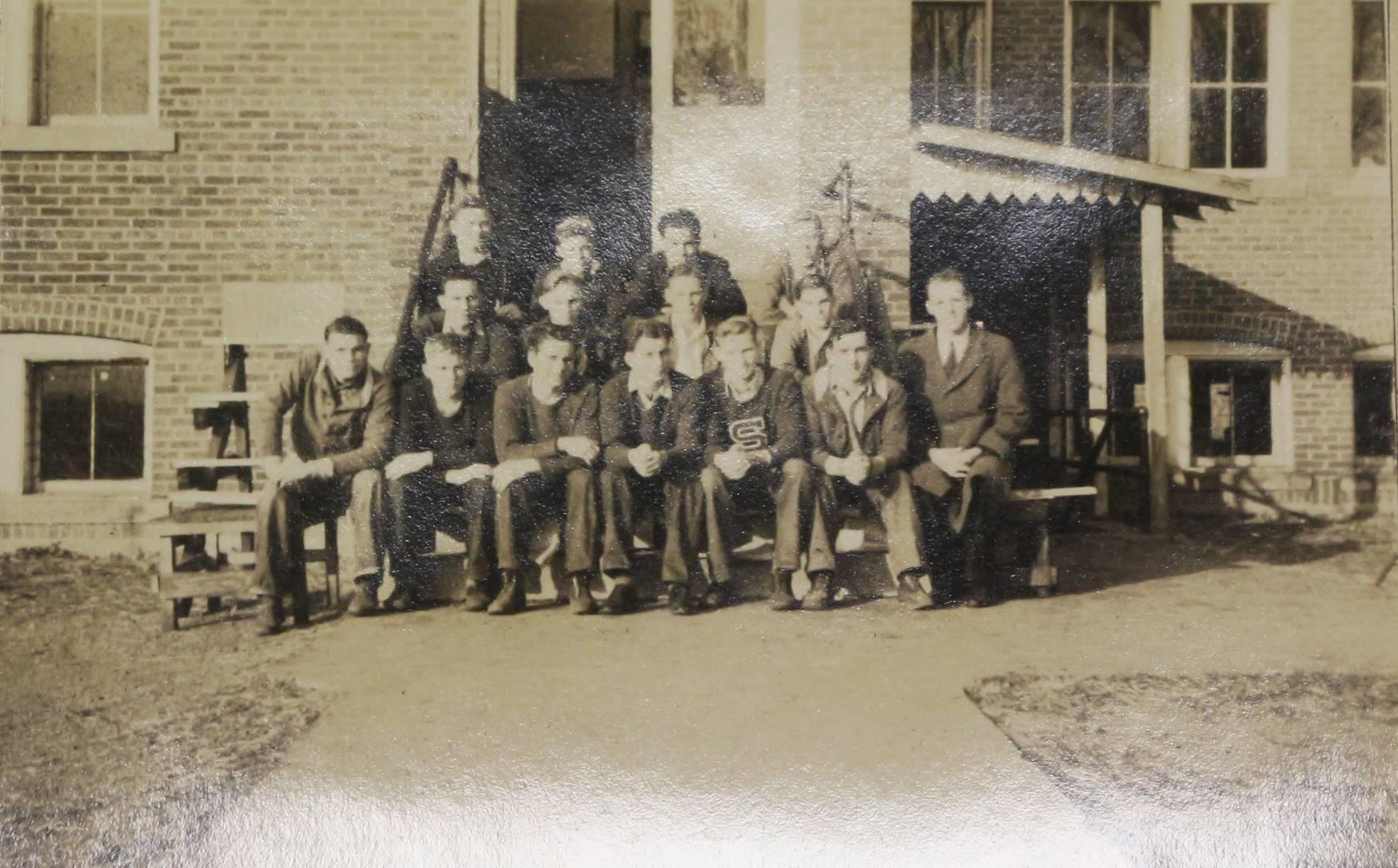 1942 Boys Track