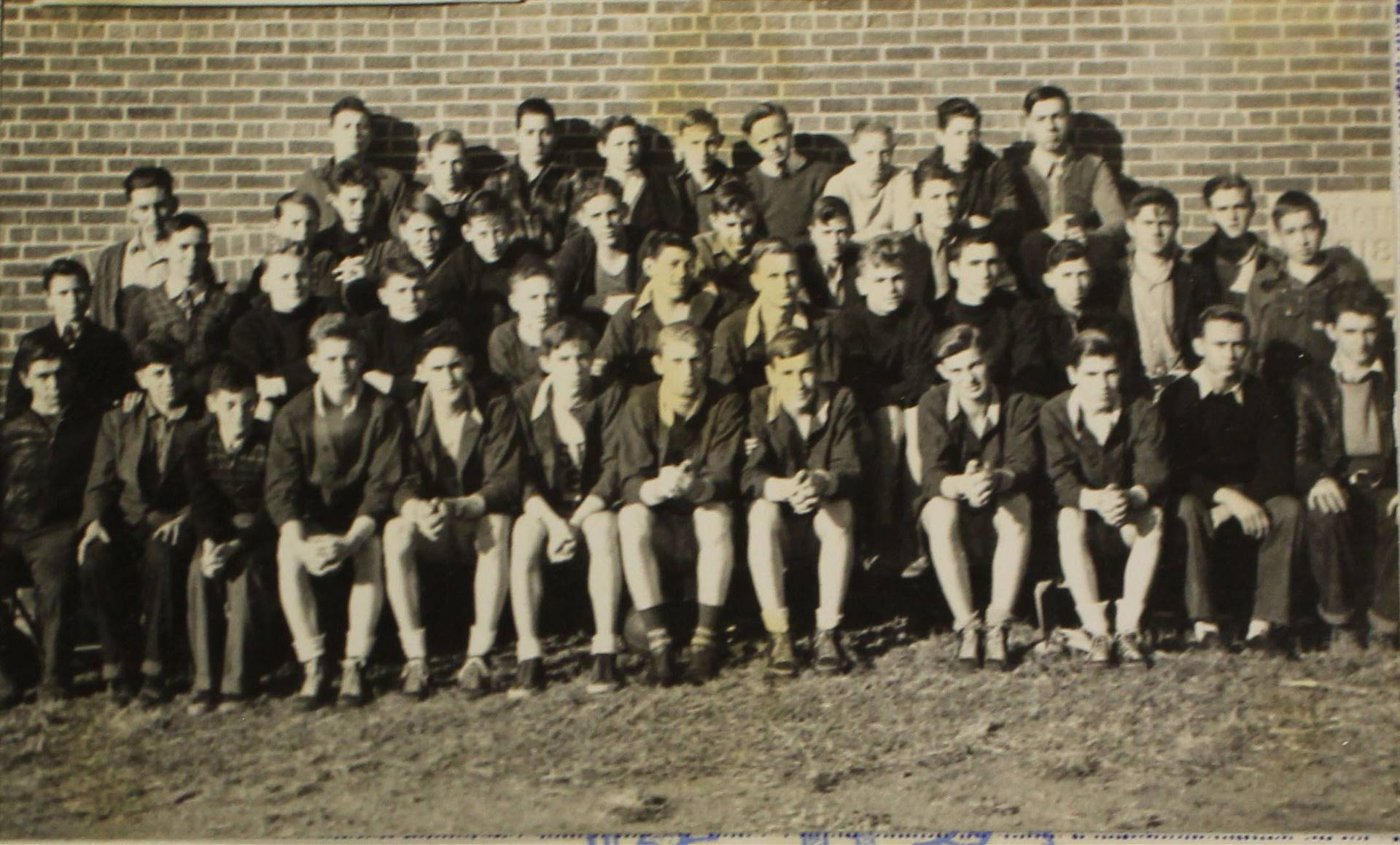 1940 Boys track