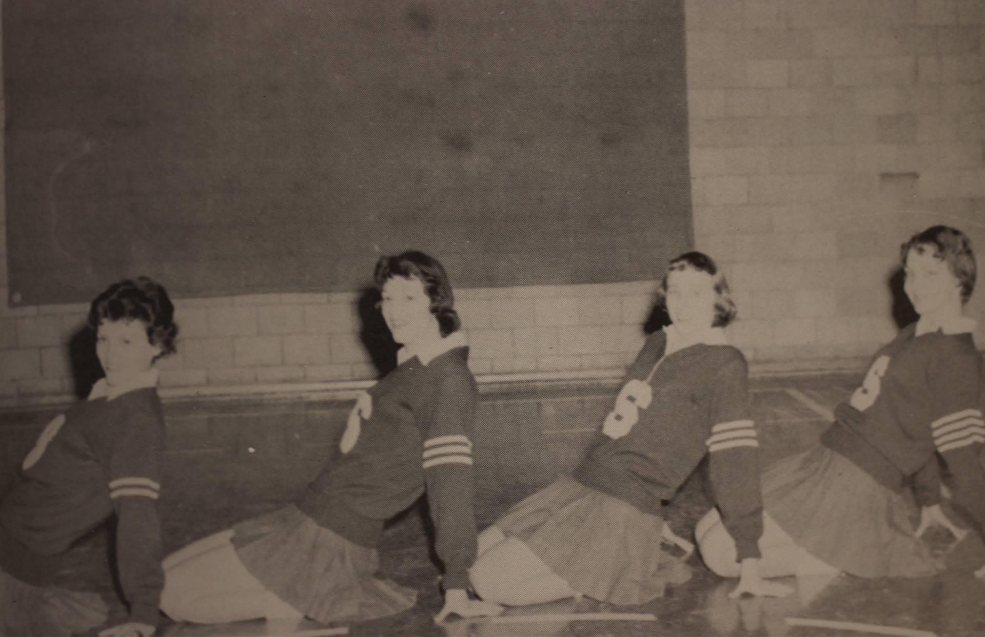 1959 Senior Cheerleaders