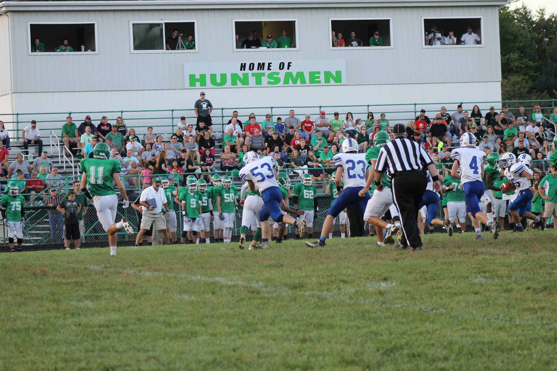 vVarsity Football vs Huntington