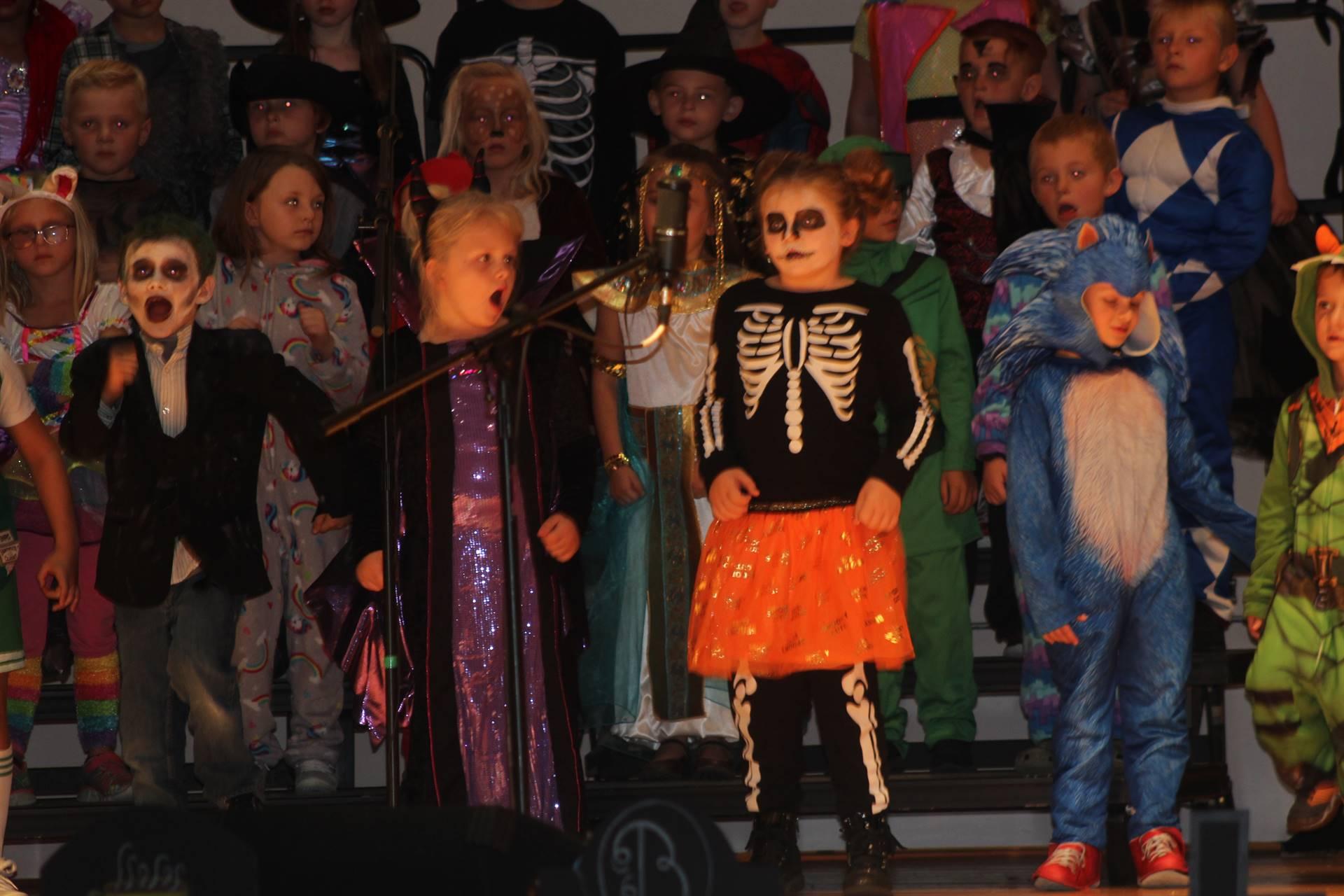 Hallowen Program