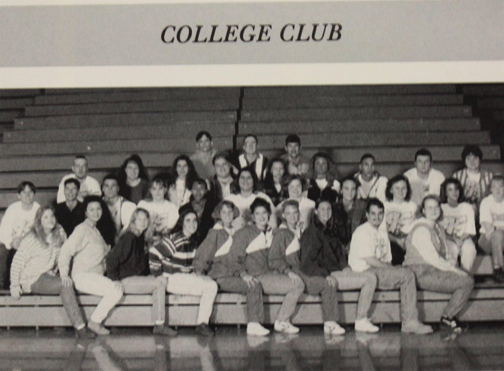 1995 College Club