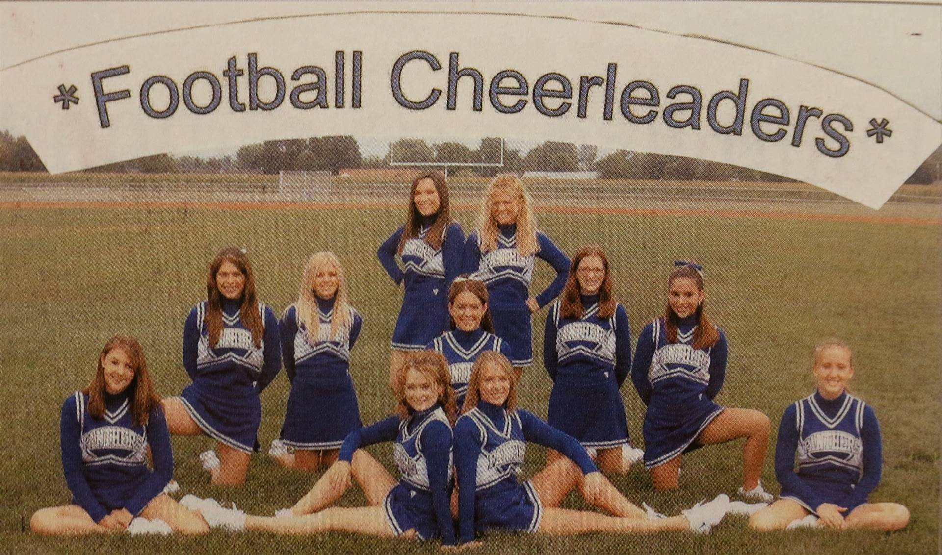 2006 football cheerleading