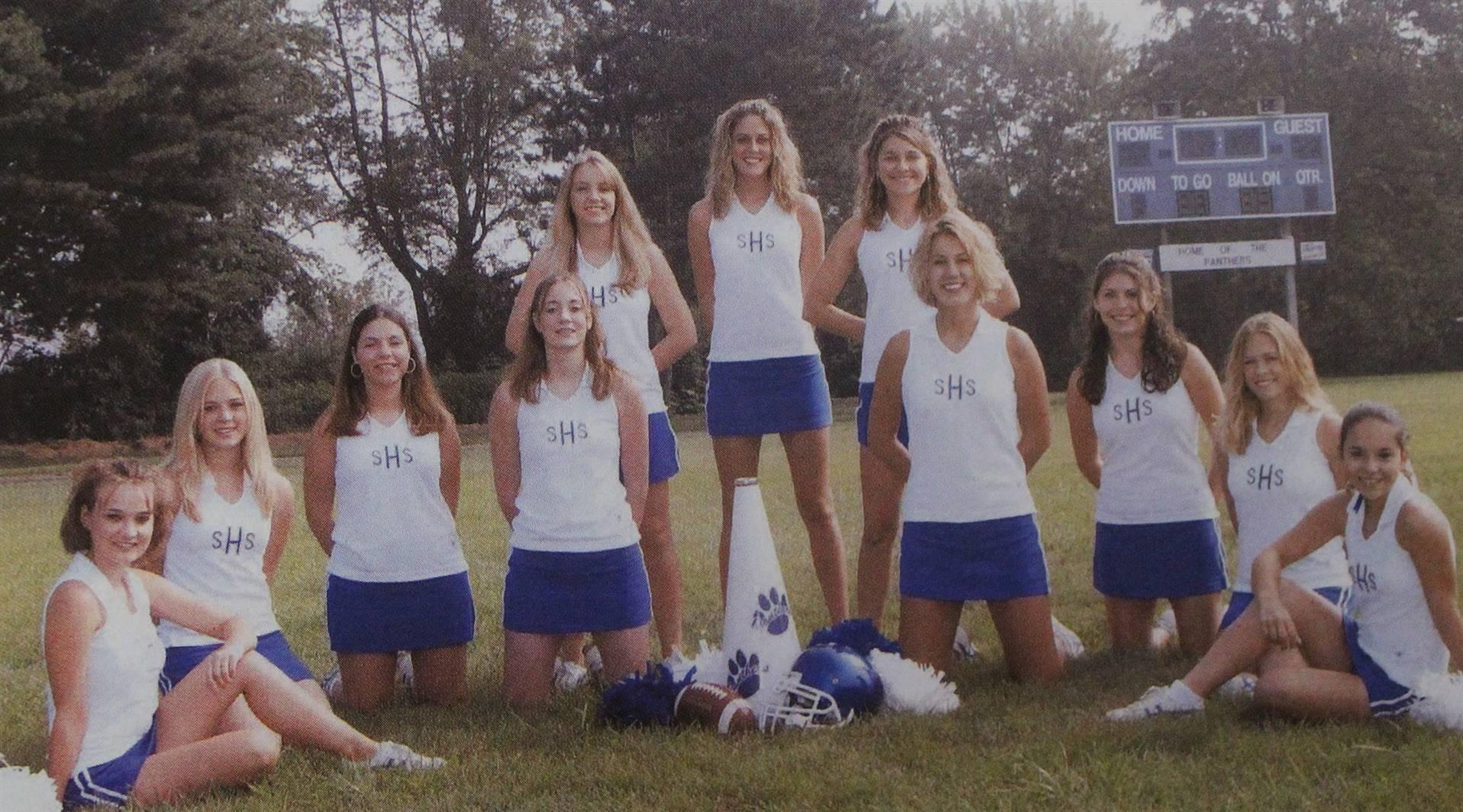 Football Cheerleaders 2005