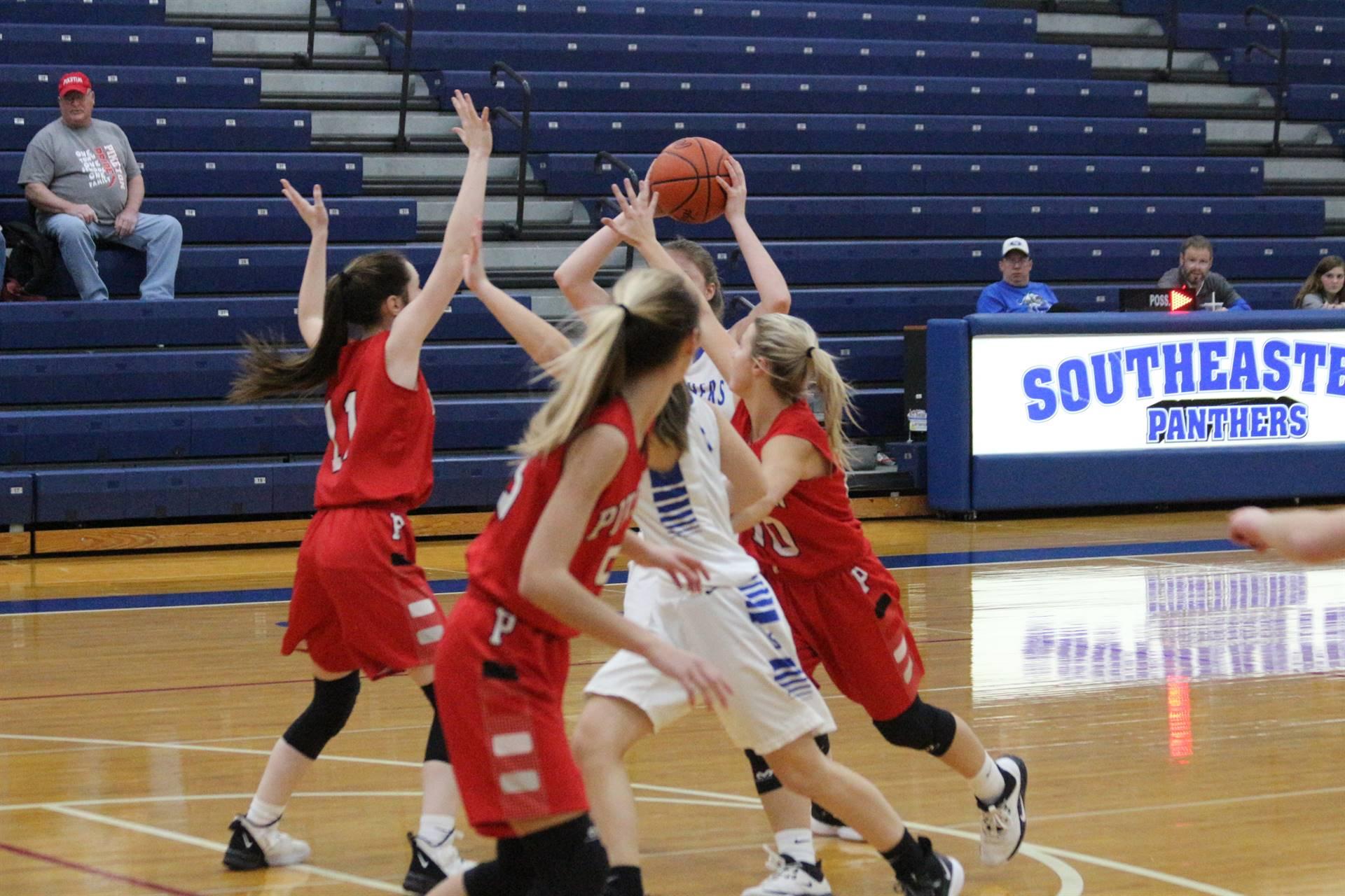 SE Girls Basketball vs Piketon 2