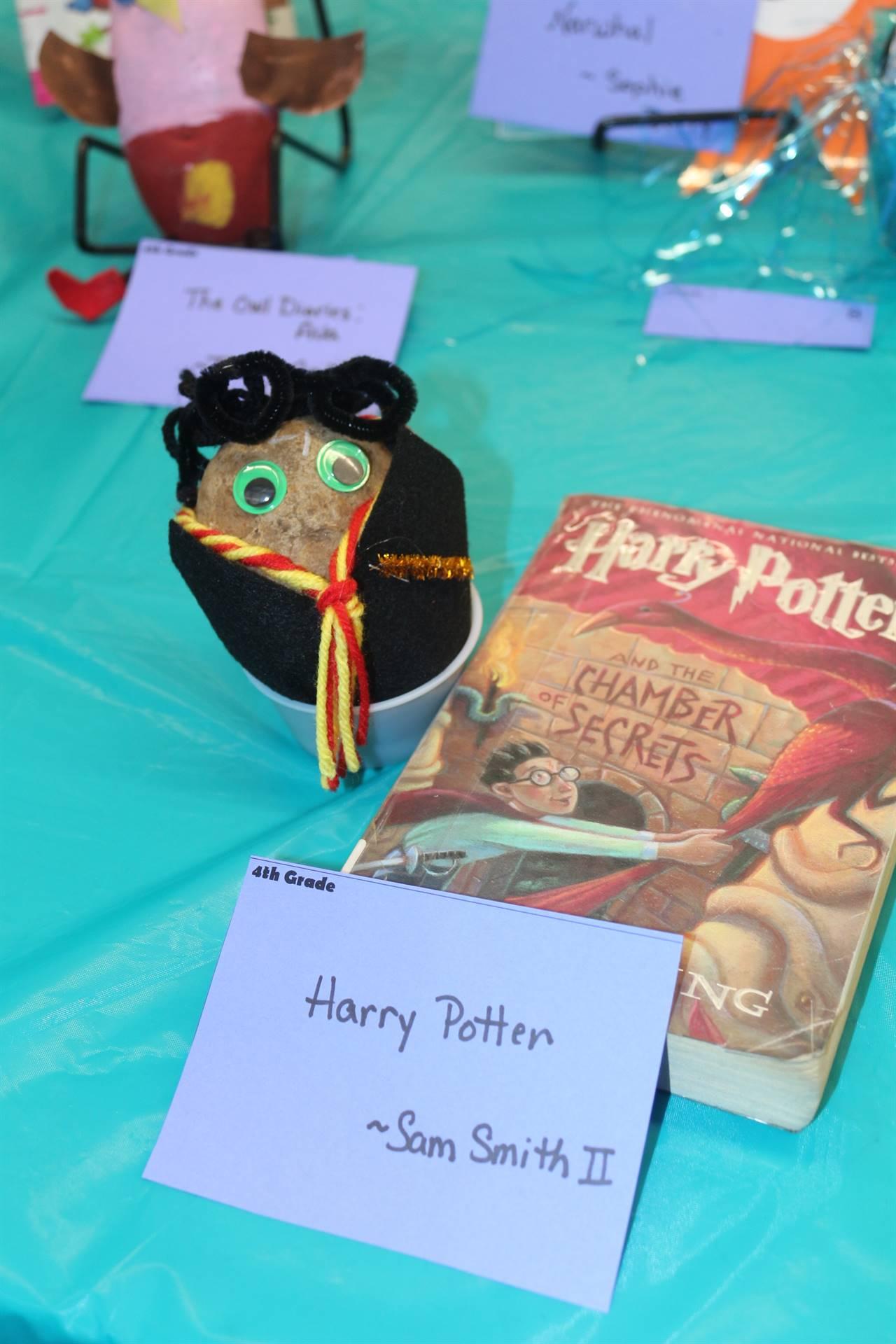 Book character Potato Contest