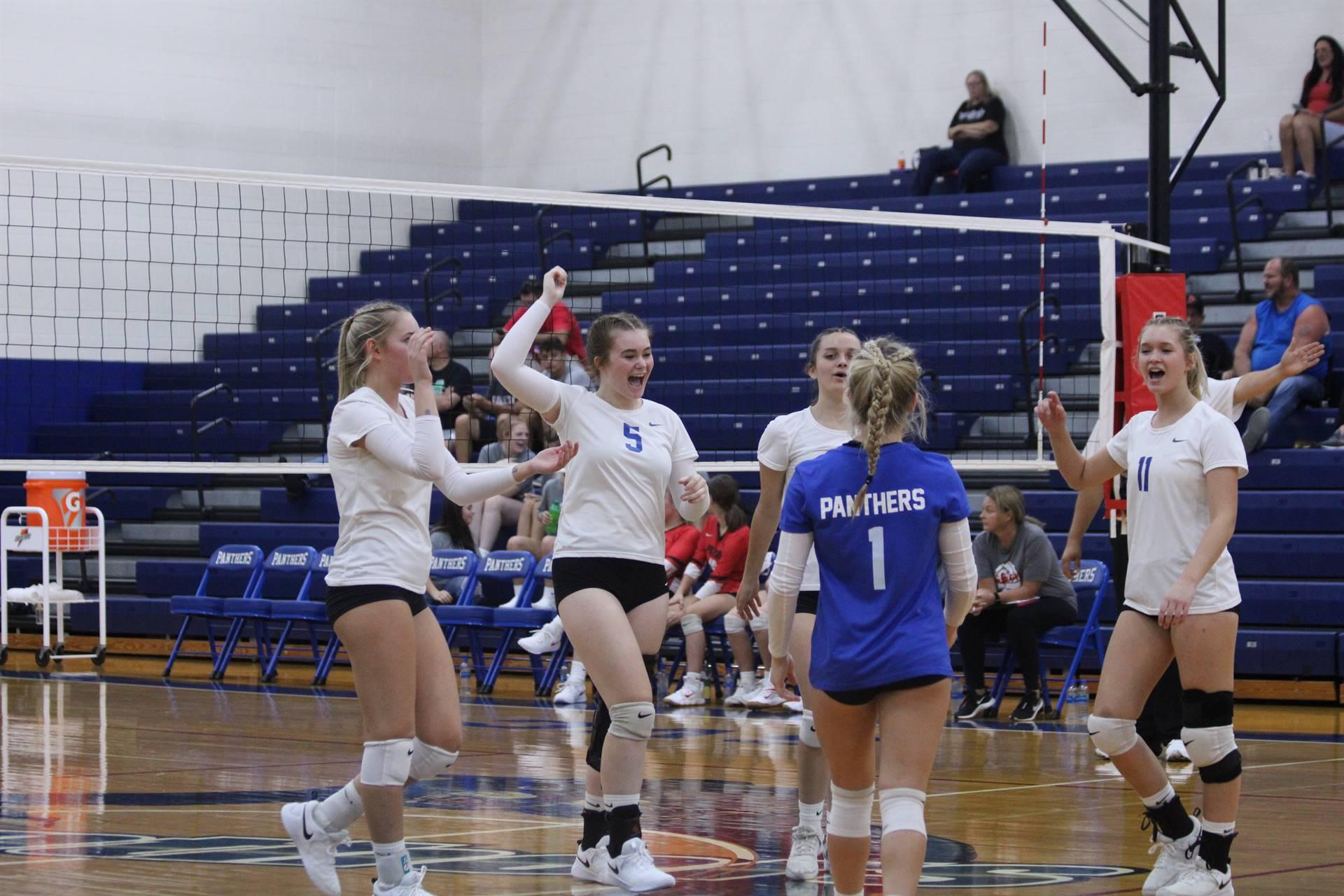 Volleyball vs Piketon